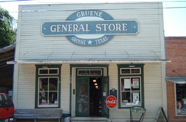 general-store-608x400