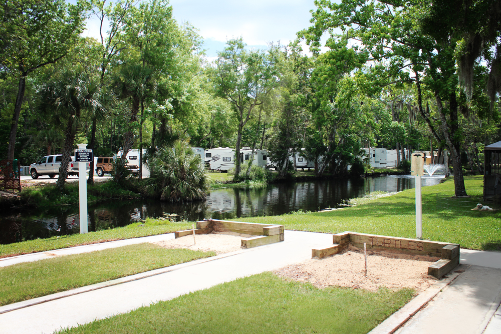 Homosassa River RV Resort Horseshoes